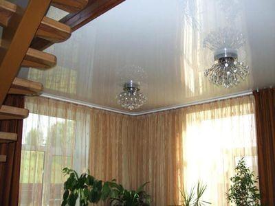 Как сделать потолок в частном доме натяжной потолок