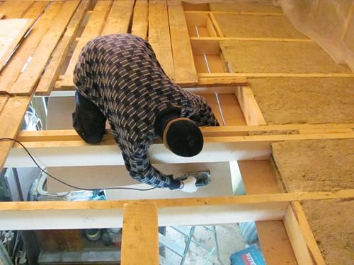 Способы утепления потолка в частном доме