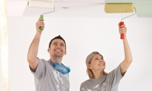 покрасить потолок своими руками