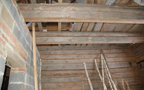 Монтаж чернового потолка