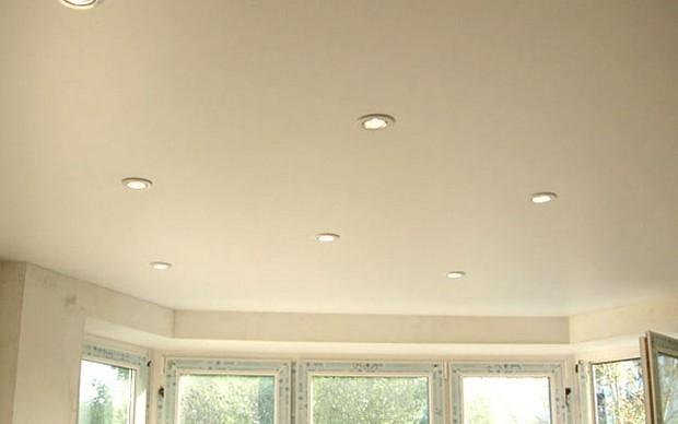 Встраиваемые светильники для натяжного потолка | 388x620
