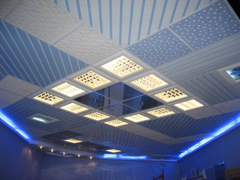 Дизайн Армстронг потолков в залах