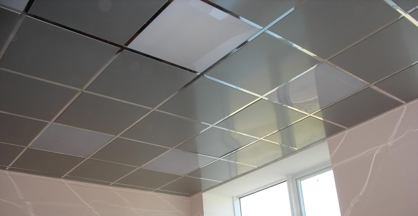 Потолок на кухне Панели из металла