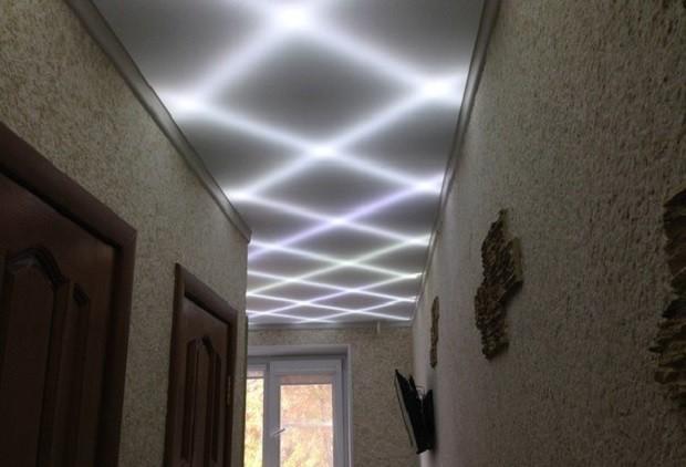 Cветодиодная лента на потолок хорошая подсветка потолка
