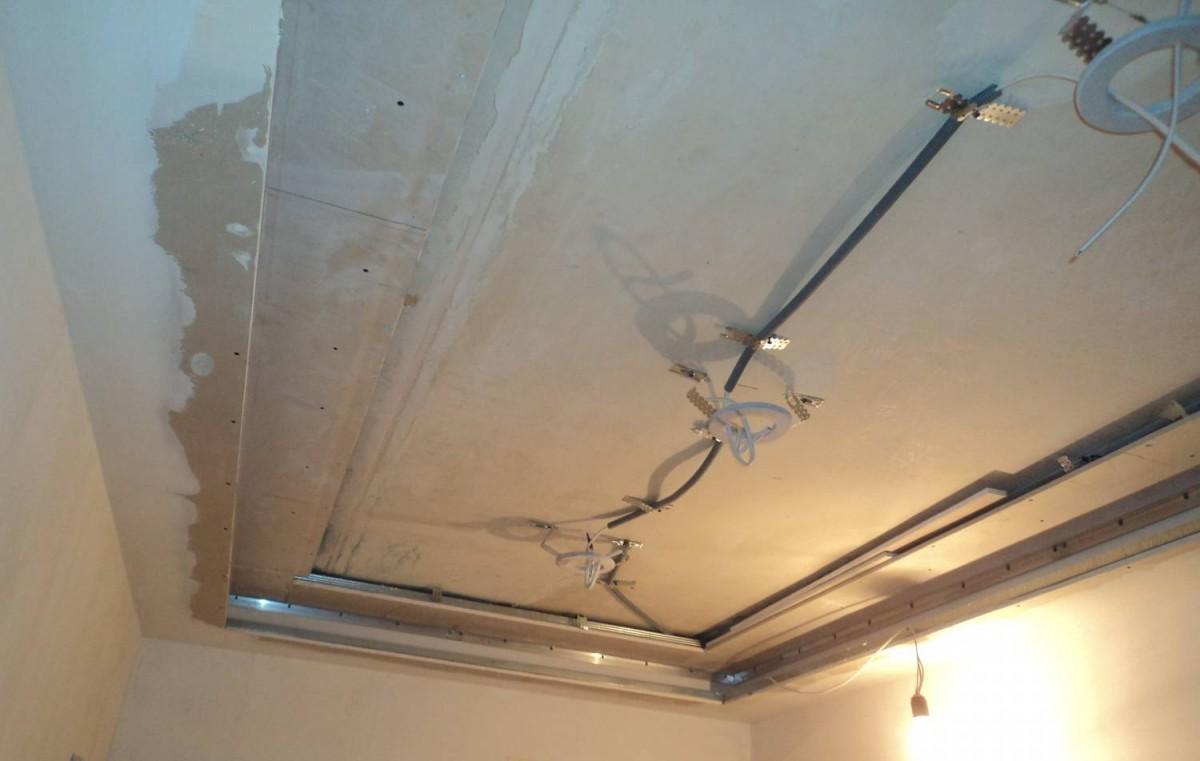 Как делают натяжные потолки: подготовка к установке