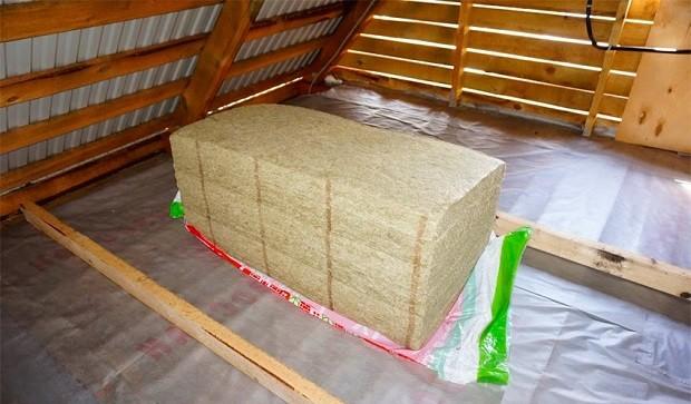 Утепление потолка плиточными и блочными материалами