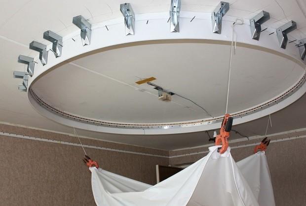 конструкции натяжного потолка двухуровневый