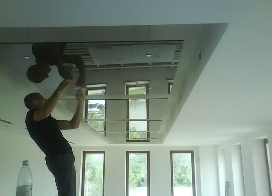 Монтаж стеклянного потолка своими руками