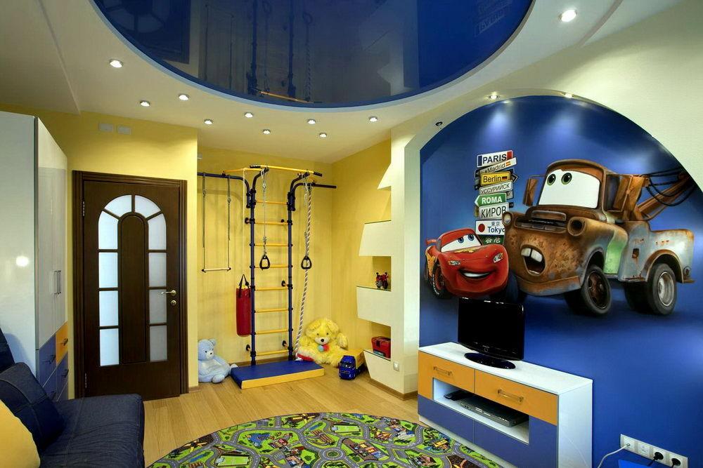 Натяжной потолок в детской комнате мальчика
