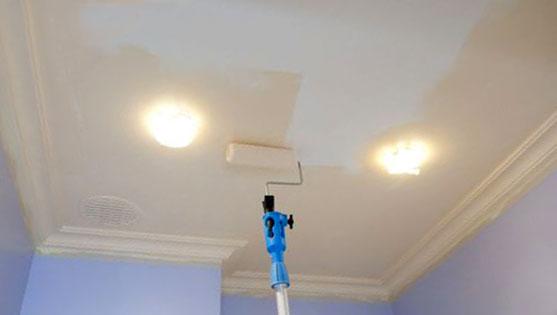 Отделка потолка из гипсокартона покраска