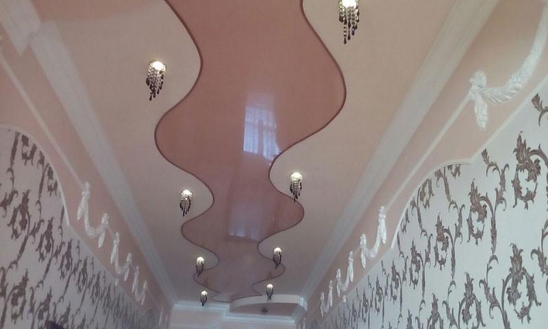 Потолок в прихожей и рисунки на потолках