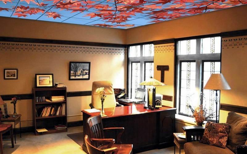 Стеклянный потолок: преимущества