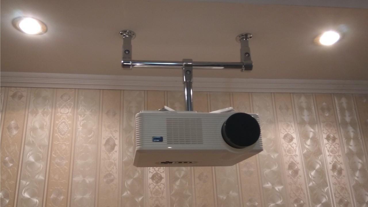 установки кронштейна потолочного проектора гипсокартон