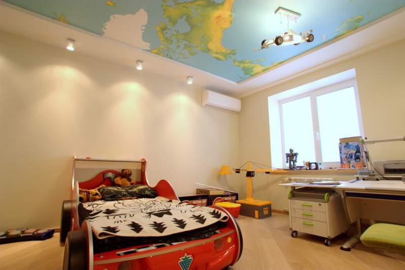 Фотообоииз ПВХ на потолок