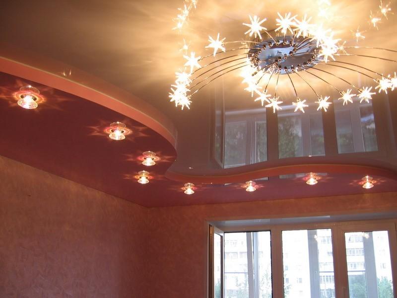 Многоуровневые комбинированные натяжные потолки из ПВХ
