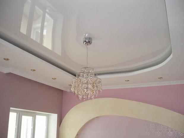 Подвесные и натяжные системы на одном потолке