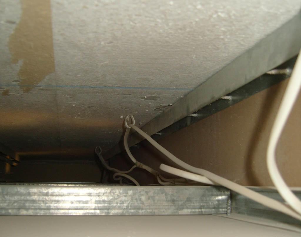 Как делать подвесные потолки