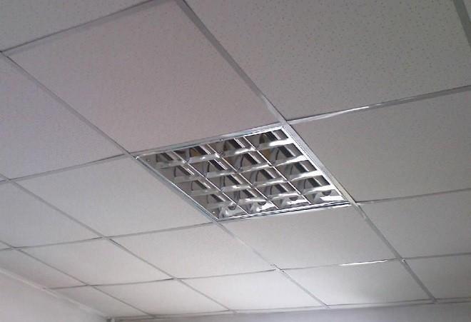 Минеральные кассетные потолки