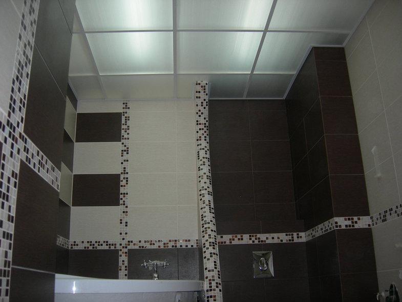 Подвесные конструкции в ванной