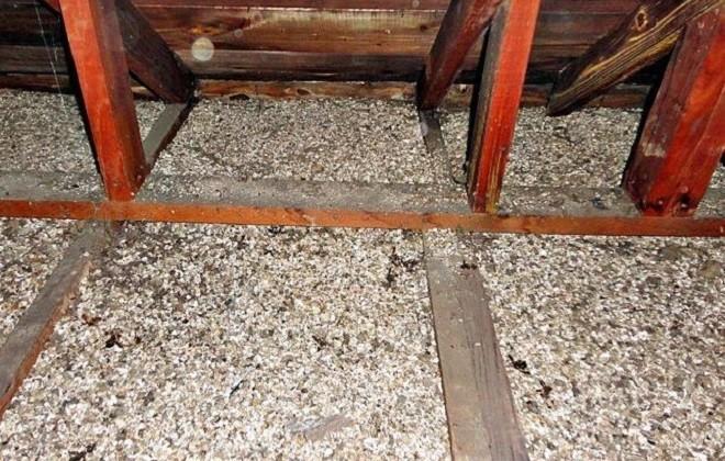 Утепление потолка опилками с известью и алебастром