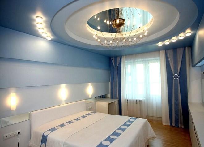многоуровневую конструкцию натяжные потолки в спальне