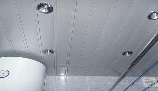 пластиковые панели для потолка в ванной