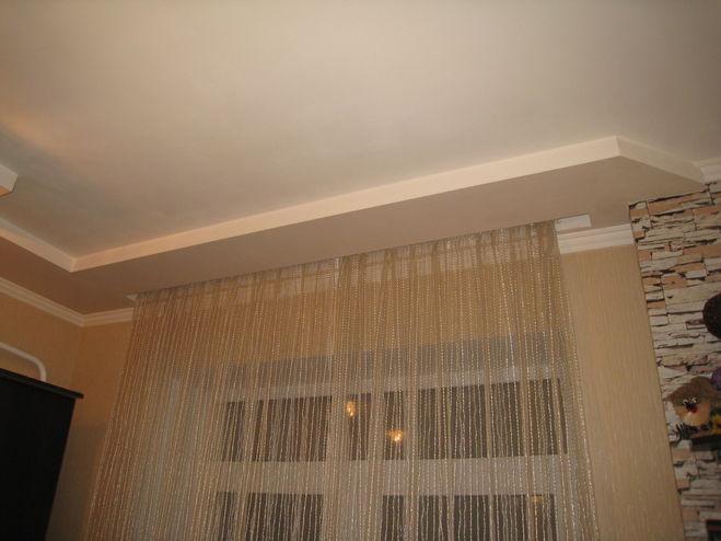 Гипсокартонный потолок с нишей для штор