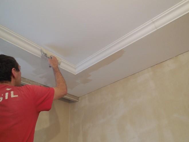 Двухуровневые потолки из гипсокартона: монтаж своими руками