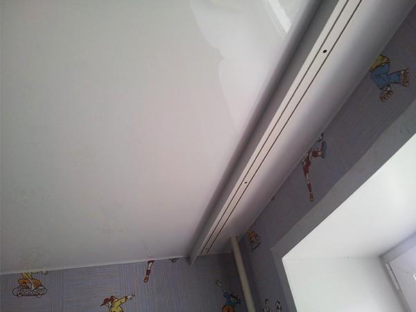 Виды карнизов для натяжного потолка
