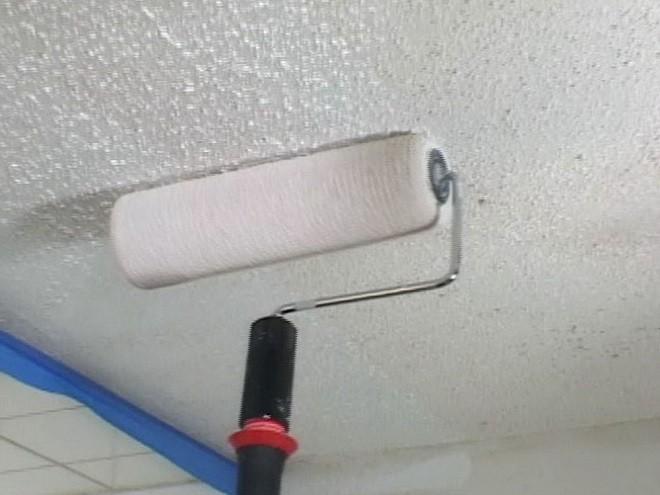 каким валиком лучше красить потолок