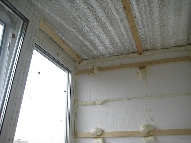 Фольгированныйпенополистирол для утепления потолка балкона