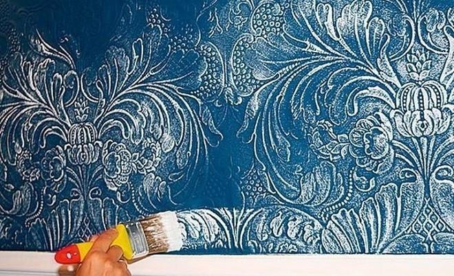 Окрашивание обоев водоэмульсионной краской