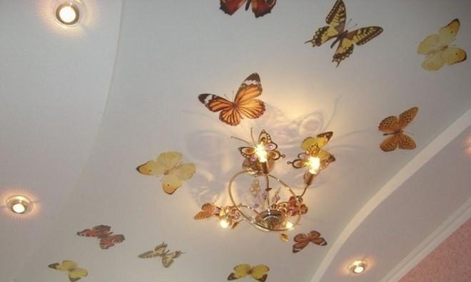 Советы по выбору наклейки для ремонта потолка своими руками
