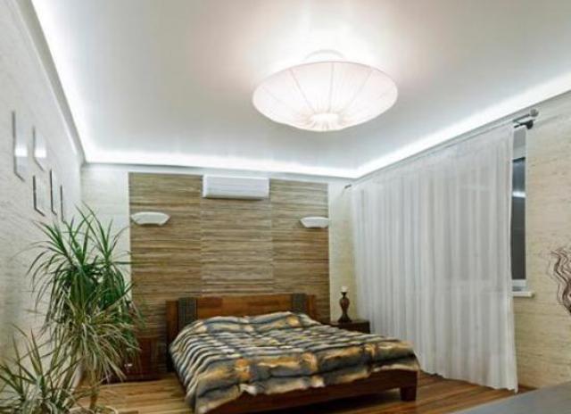 Высота натяжных потолков в комнатах с низкими потолками