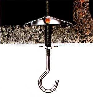 как повесить люстру на натяжной потолок на крюк в пустотке