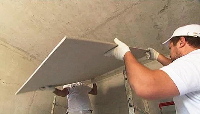 Чем крепить гипсокартон к потолку– монтаж на клей