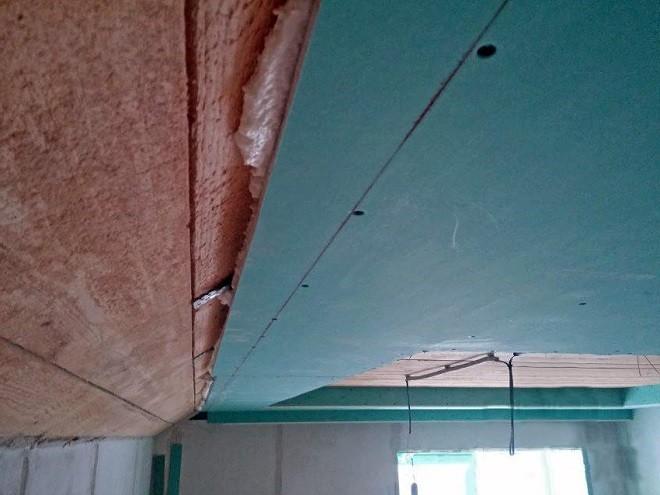 Как крепить гипсокартон к потолку без профиляна монтажную пену и дюбели