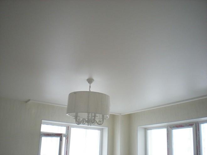 Потолок сатин преимущества и недостатки