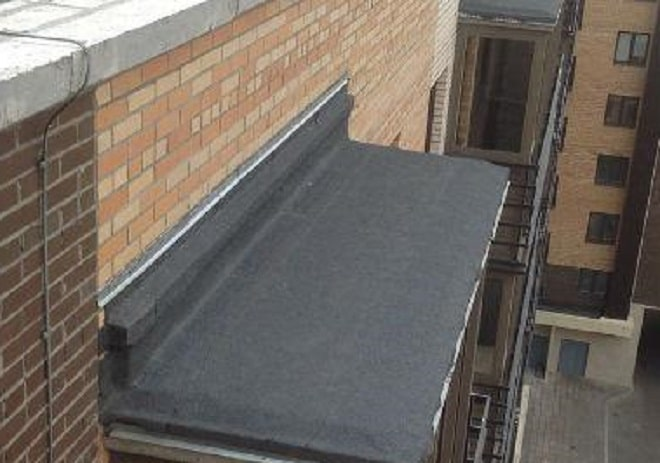 защитить балкон с внутренней и внешней сторон