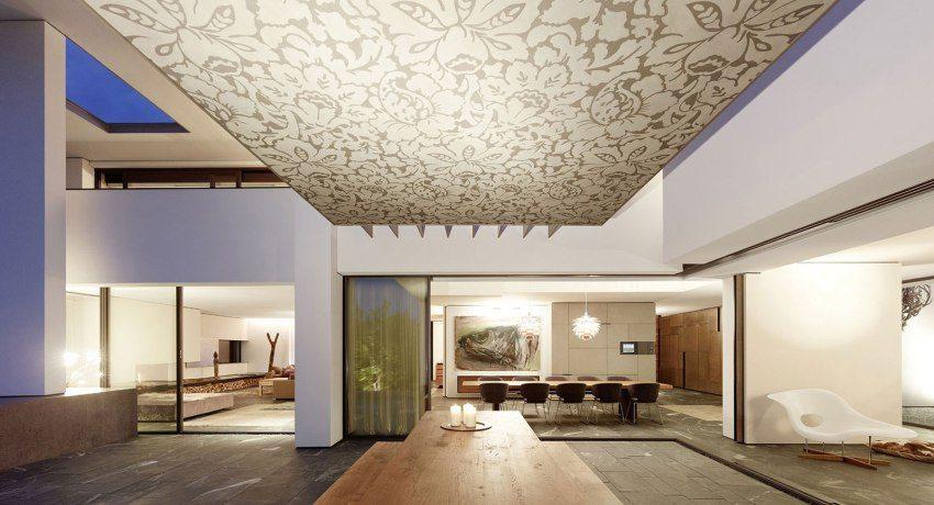 Натяжные потолки в зал